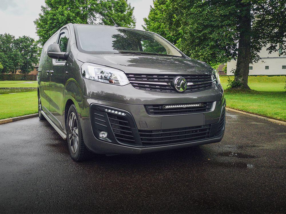 Vauxhall/Opel Vivaro (2019+) Grille Kit
