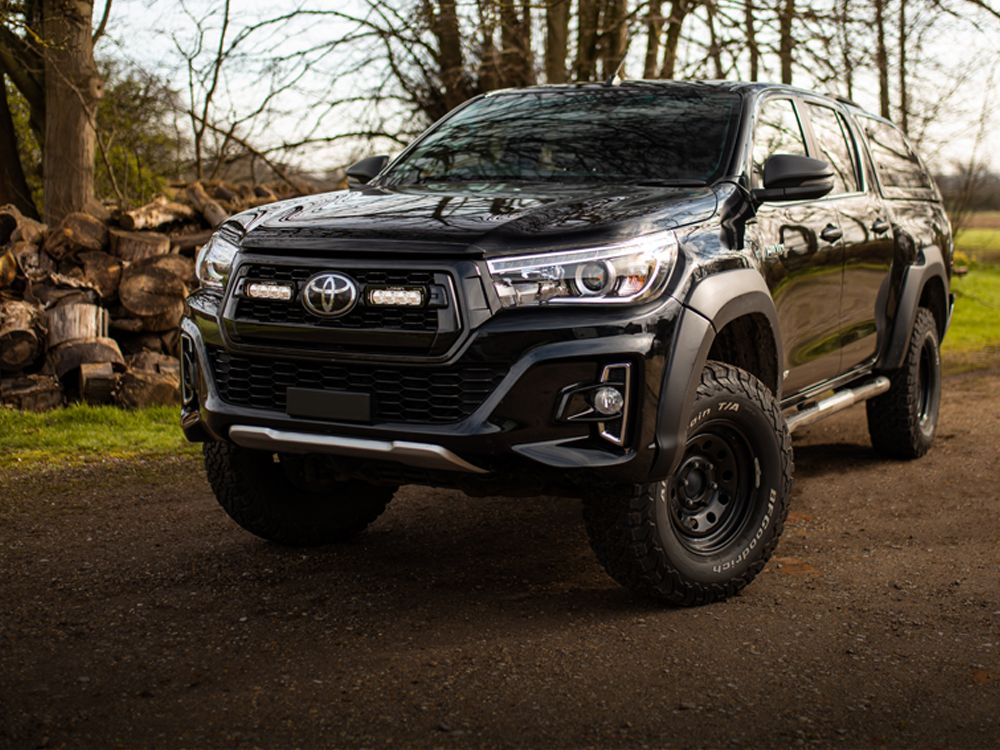 Toyota Hilux Invincible-X (2017+) Grille Kit
