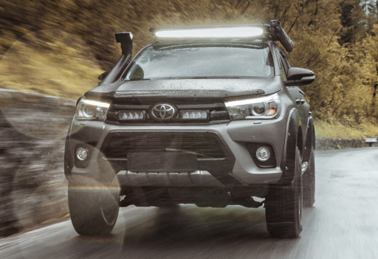 Toyota Hilux Grille Kit with Triple-R 750 plus Linear-42